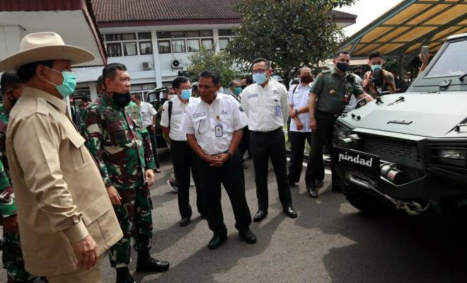 Borong Alutsista dari Pindad, Prabowo: Hidupkan Industri Dalam Negeri