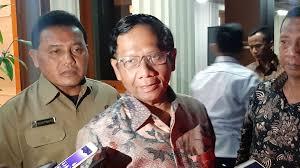 Kenapa Mahfud MD Batal Jadi Menteri Ad Interim Gantikan Tito Karnavian?