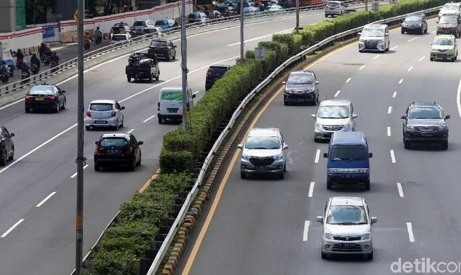 Permintaan 'Nyeleneh' Anies ke PUPR: Sepeda Masuk Tol Dalam Kota. Bakal Ditolak atau Diterima?