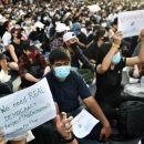 Jarang Terjadi, Ribuan Demonstran Bangkok Turun ke Jalan Gugat Monarki