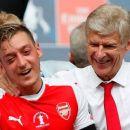 Arsenal Coret Mesut Ozil, Arsene Wenger Duga Ada Konfrontasi