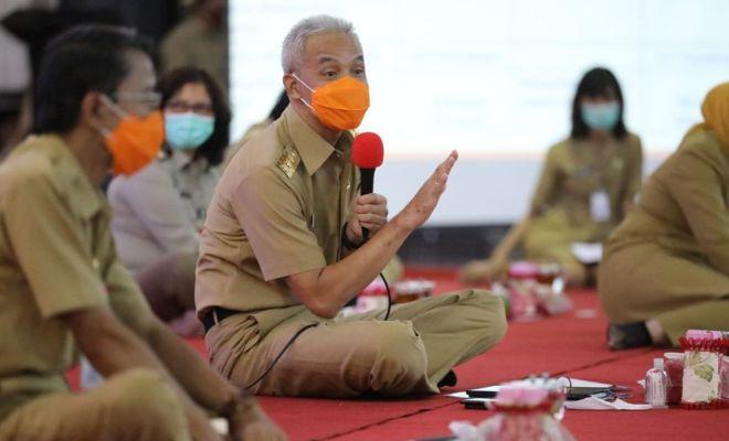 Ikut Tolak Omnibus Law, RK-Khofifah Surati Jokowi, Ganjar Pilih Dukung dengan Dalih ini