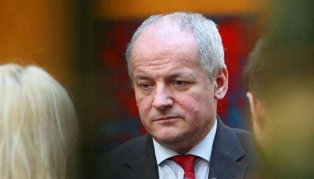 Langgar Aturan Batas Sosial, Menteri Kesehatan Ceko Didesak Mundur