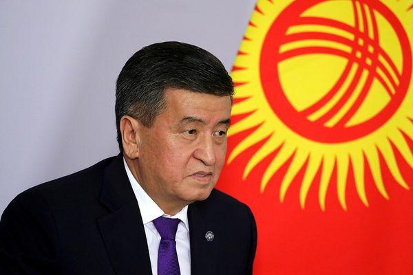 Tolak Pertahankan Kekuasaan dengan Korbankan Darah Rakyat, Presiden Kirgistan Mundur di Tengah Marak Unjuk Rasa di Negaranya