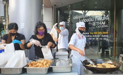 Bangkrut Parah Terimbas Corona, Maskapai Penerbangan Thailand Banting Setir Jual Gorengan