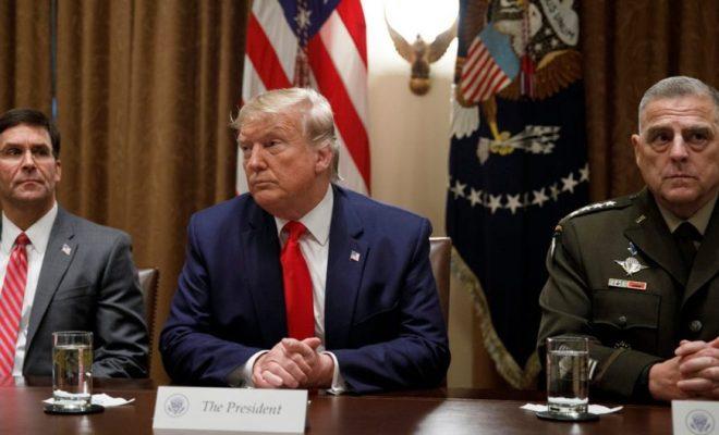 Di Ambang Kekalahannya, Trump Diterpa Isu Pemecatan para Petinggi Pentagon