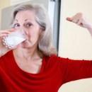 Benarkah-Susu-Bisa-Mempertahankan-Kepadatan-Tulang-Lansia
