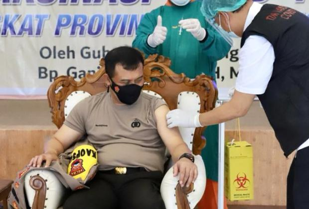 Kapolda dan Forkopimda Jateng Dapat Giliran Pertama Vaksinasi Corona