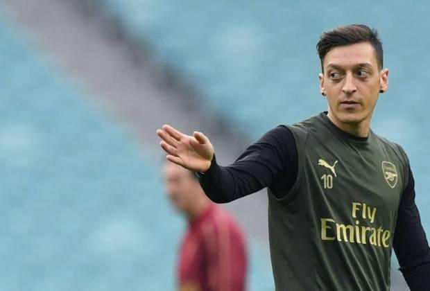 Mesut Ozil Mau Minggat dari Arsenal dengan Syarat Gajinya Dibayar Hingga 2023