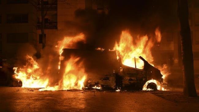 Perayaan Tahun Baru di Prancis Rusuh, 30 Mobil Ludes Dibakar