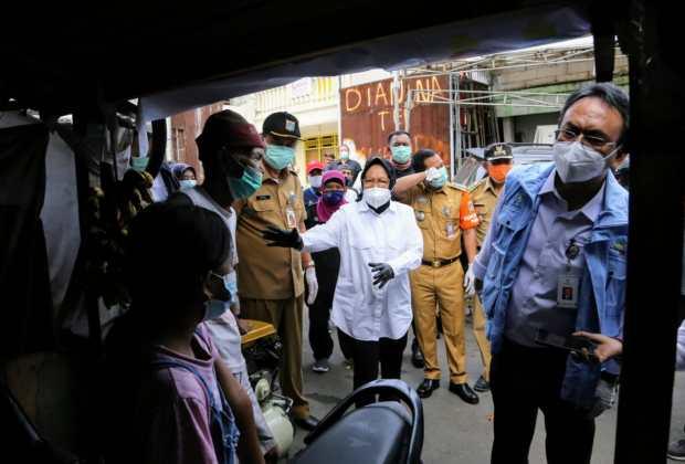 Pengamat Politik LIPI: Aksi Blusukan Risma di DKI Pencitraan Usang dan Bikin Warga Jakarta Sebal