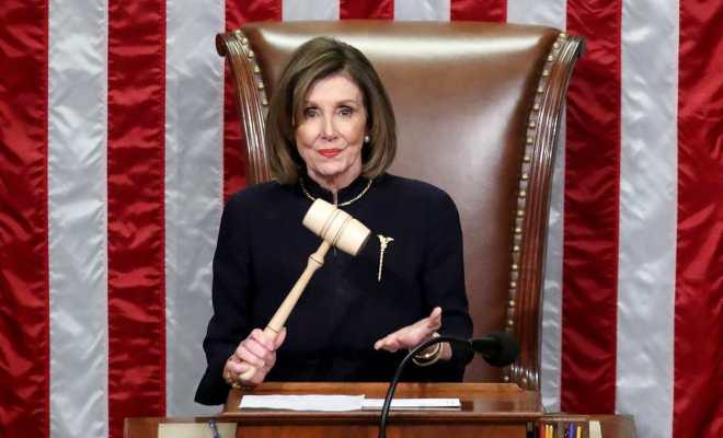 Nancy Pelosi: Tuntaskan Proses Pemakzulan Trump Sama Sekali Tak Bahayakan 'Pesan Persatuan' Biden