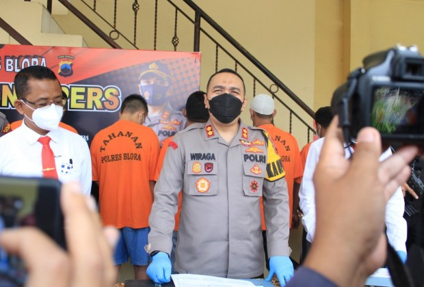 Satreskrim Polres Blora Tangkap Pelaku Pembalakan Liar dan Penganiaayan Mantri Hutan