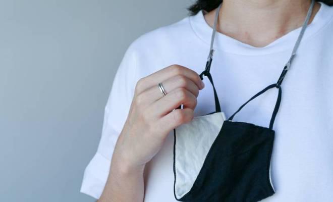 Ketahui Plus Minus Penggunaan Tali Strap Masker