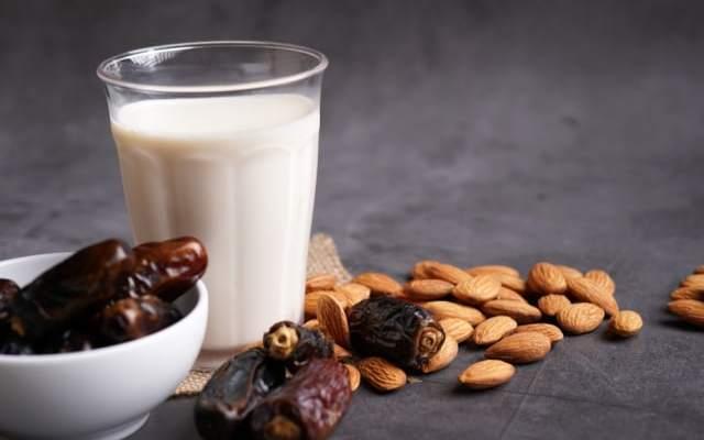 Resep Susu Kurma Almond, Cocok untuk Vegan