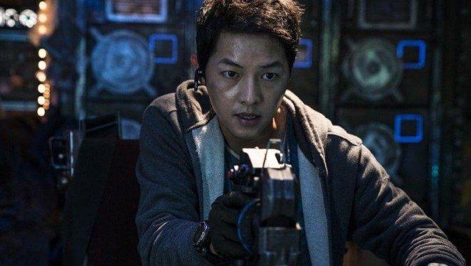'Space Sweepers' Film Blockbuster Pertama Korea, Song Joong Ki Tak Ingin Terbebani
