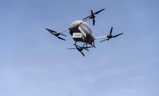 Gandeng Manna Aero, Samsung Kirim Ponsel ke Pembeli Pakai Drone