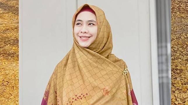 Ajak Perempuan Mandiri Finansial, Oki Setiana Dewi Bentuk Komunitas Sahabat Khadeejah