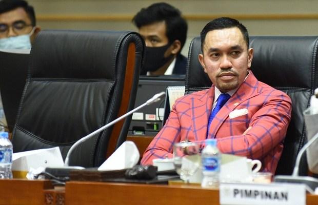 DPR Minta Polri Bentuk Tim Khusus Usut Kebocoran Data 279 Juta Penduduk Indonesia