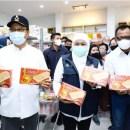 Khofifah Pamer Bipang Jangkar Halal di Pasuruan, Sindir Bipang Ambawang Jokowi?