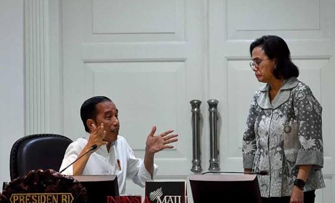 Saat Sri Mulyani dan Jokowi Berselisih Keinginan Soal THR PNS 2021