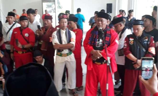 Relawan Anies Bantah Dekati Jokowi Mania