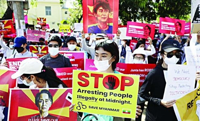Junta Militer Myanmar Tangkapi Sejumlah Pengacara Tahanan Politik