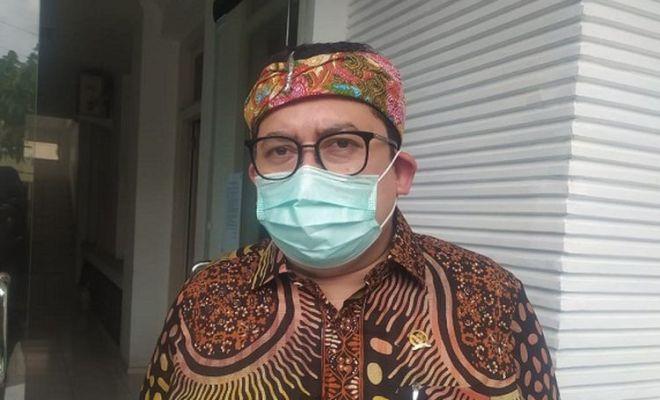 Jokowi Ingin Indonesia Produksi Mobil Listrik, Fadli Zon Pertanyakan Mobil Esemka