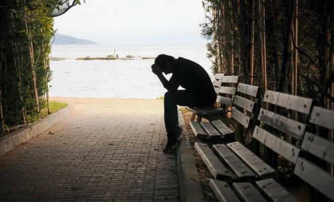 Cara Atasi Kesedihan dan Kehilangan Orang Tercinta di Masa Pandemi