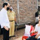 Gelak Tawa Warnai Perjumpaan Jokowi dengan Joko Widodo