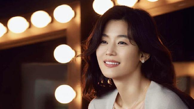 Jun Ji Hyun Jadi Artis Termahal Korea, Kalahkan Kim Soo Hyun dan Yoo Jae Suk