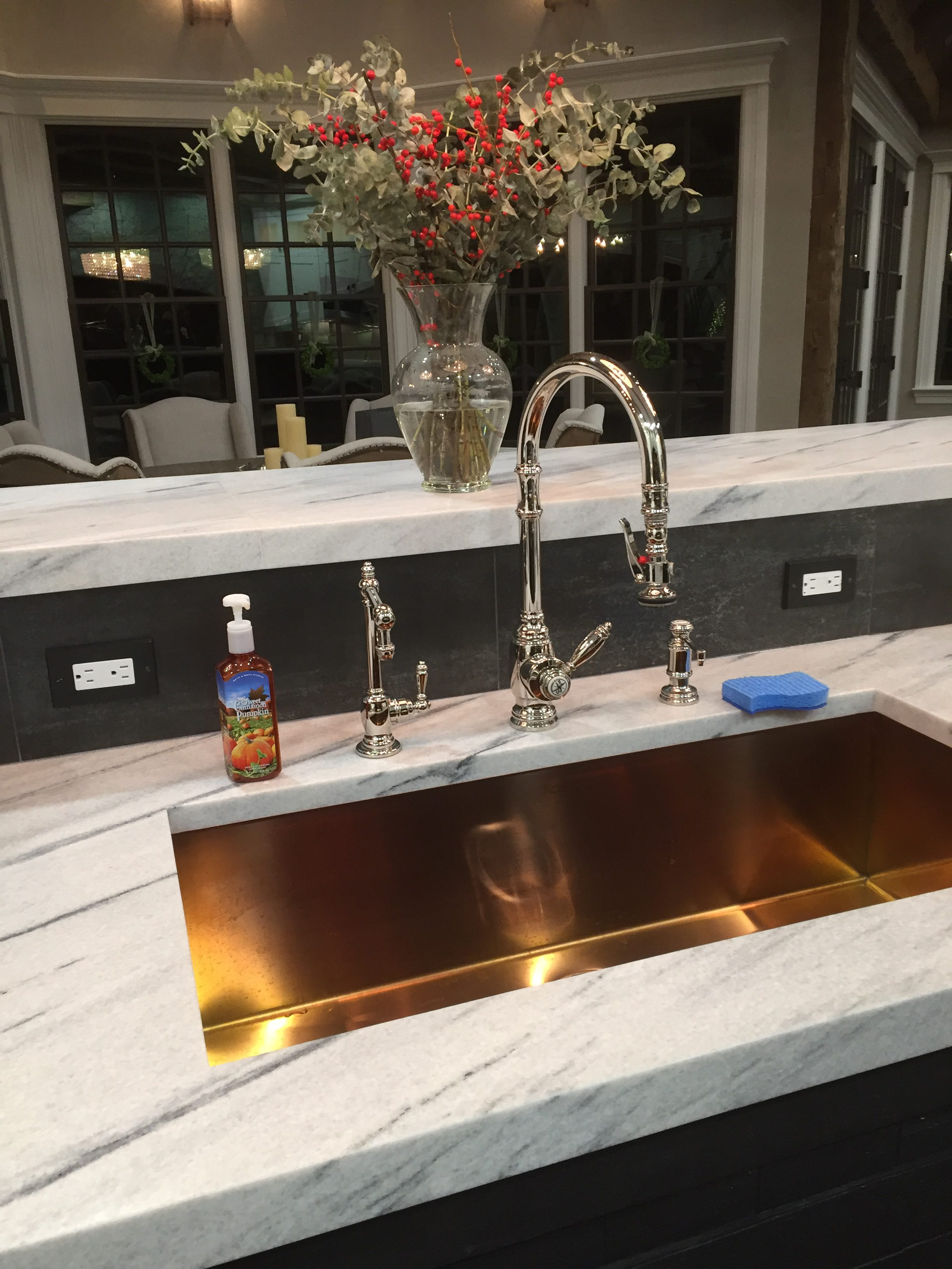 Quartzite Countertops With 2 Inch Mitered Edge Tile