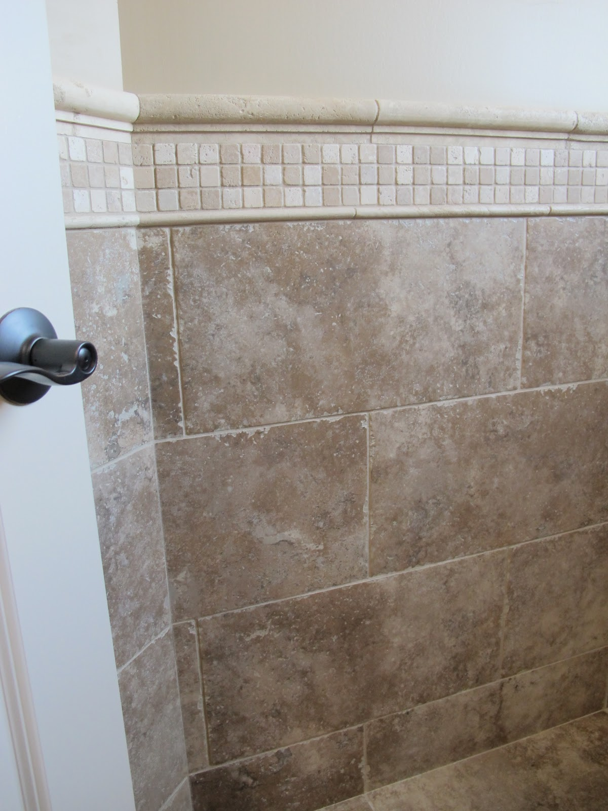pictures of chair rails in bathrooms twin sleeper lazy boy 30 ideas a bathroom with subway tile and rail