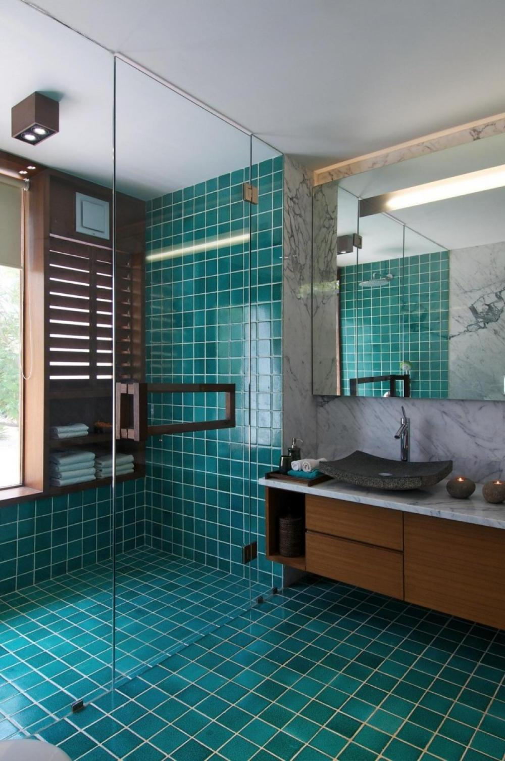 Aqua Mosaic Bathroom Accessories