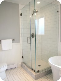 27 nice pictures of bathroom glass tile accent ideas