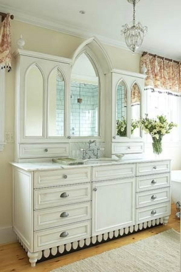 Amazing Of Traditional Bathroom Tile Design Ideas