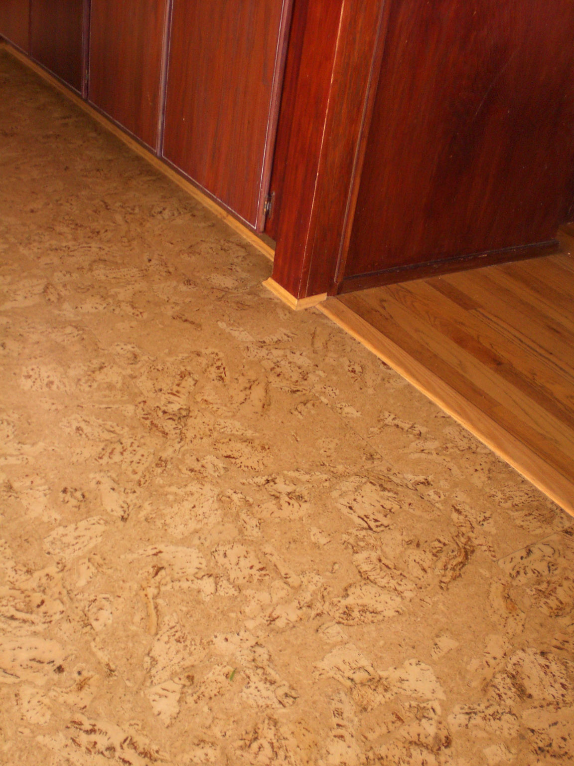 30 available ideas and pictures of cork bathroom flooring