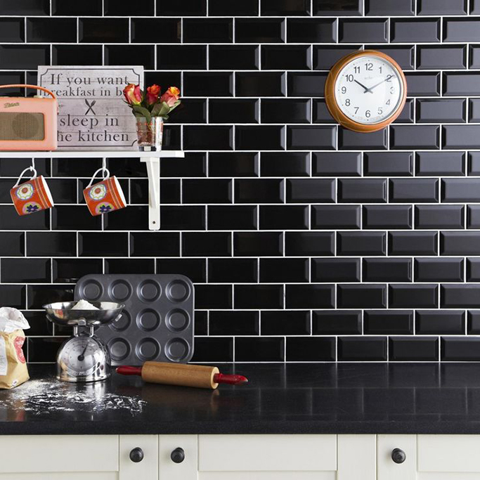 Black Gloss Kitchen Wall Tiles: The Drama Of Black Metro Tiles