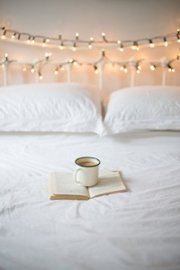fairy-lights-in-bedroom