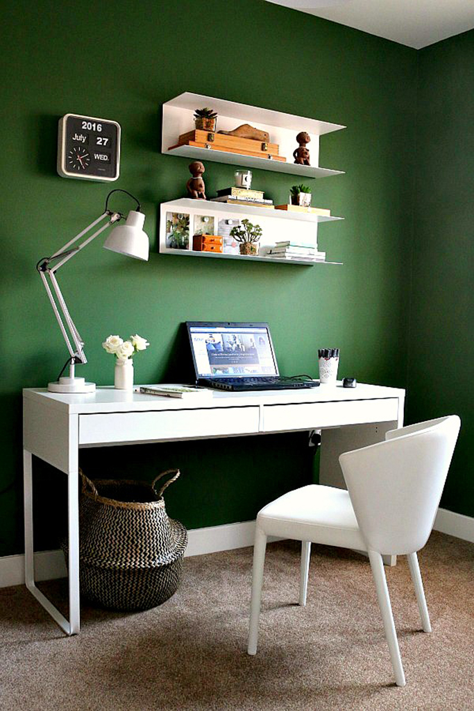green-painted-office