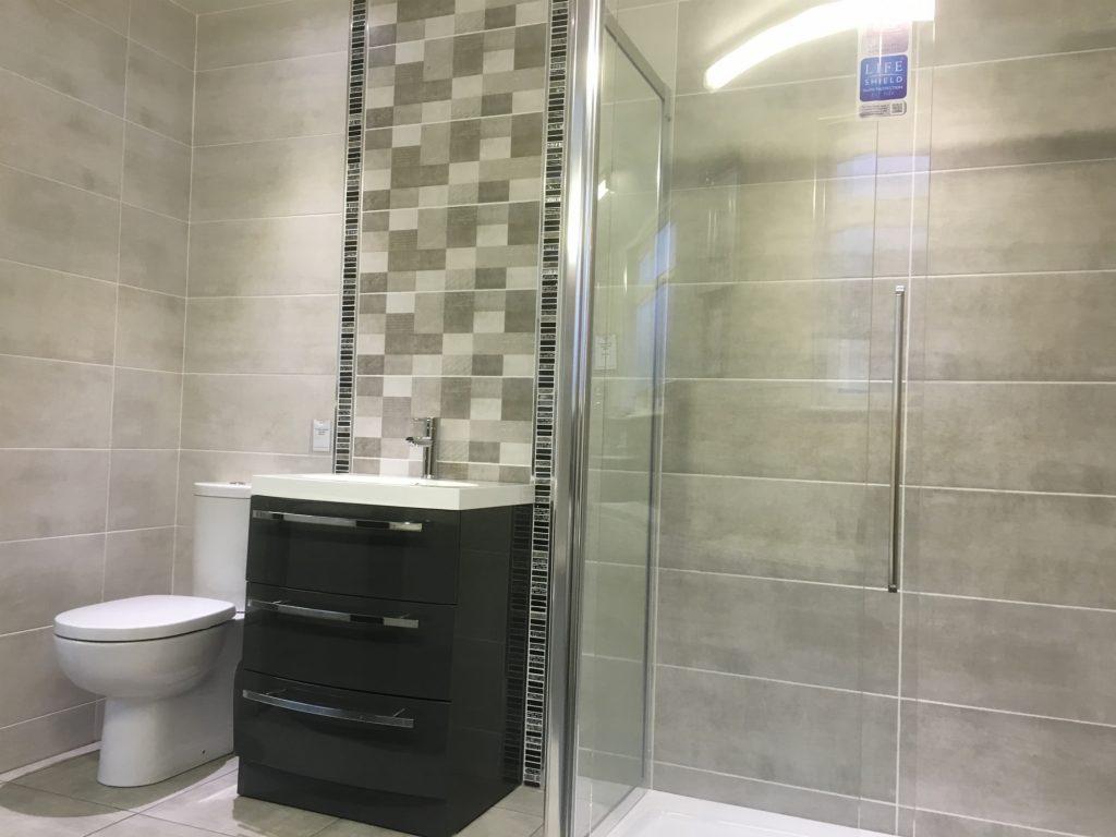 Gloss or Matt Bathroom Wall Tiles?