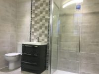 Gloss or Matt Bathroom Wall Tiles? - Tiles 2 Go Ltd