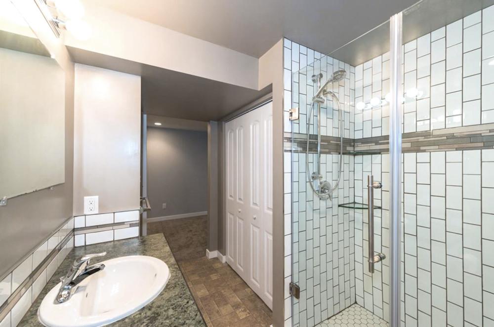 "Soho White Subway and Soho 2"" Hex installed in a bathroom"