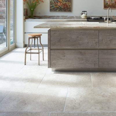 Carnaby Tumbled Limestone