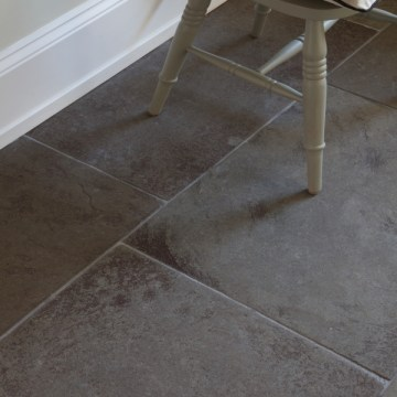 Huntingdon limestone floor grey