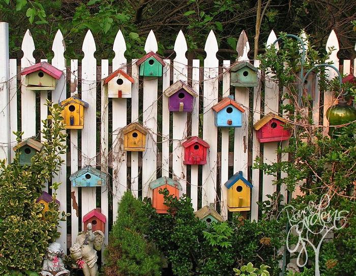garden-fence-decor-ideas-20-5723143d92074__700