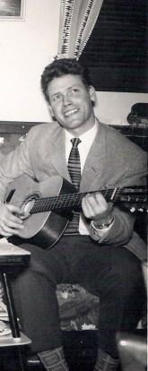 Far spilte gjerne gitar