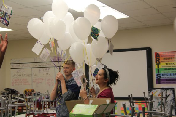 Timber Creek art students release balloons with attached artwork for Big Art Day 2016. (Photo by Zoe Fleming.)