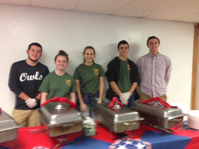 Students at Vets Day Breakfast