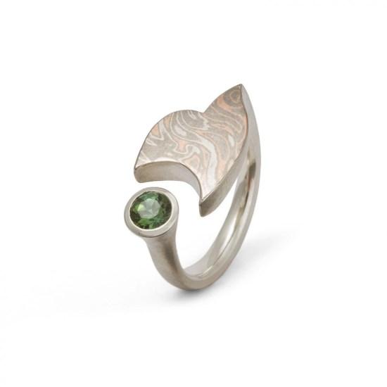Ring »Sail« mit Mokume Gane und grünem Turmalin